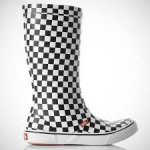 Vans Unisex Boots prices start from £15.84 was £55 Free delivery with Amazon
