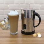 """Robert Dyas Milk Heater and Frother (with """"otter control"""") £24.99  (poss. £22.94 incl. del from 28th Nov)"""