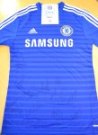 Win a Chelsea shirt signed by all the Chelsea players @ Soccerlens