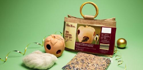 bird lovers gift set 20 12 12 aldi hotukdeals. Black Bedroom Furniture Sets. Home Design Ideas
