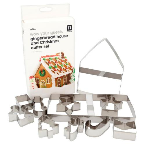 Gingerbread House With Christmas Cutters Set Wilko