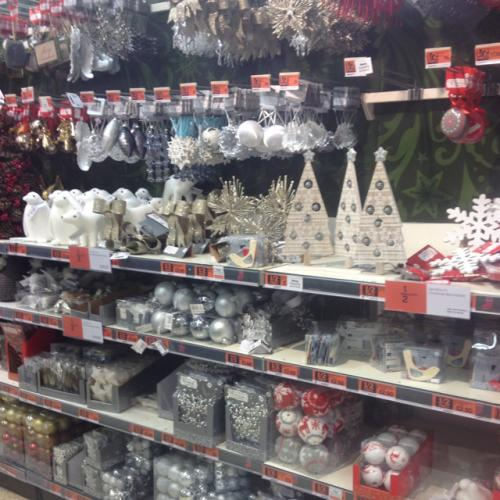 half price christmas decorations lights trees