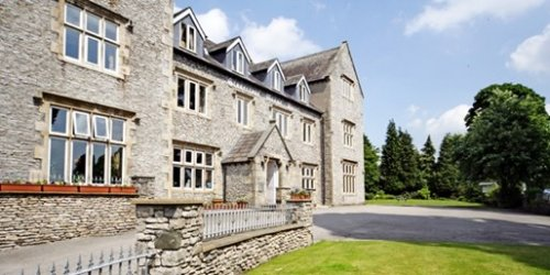 Lake District Escape At Stonecros Manor Hotel Inc Free Upgrade To 4 Poster Room 3 Course