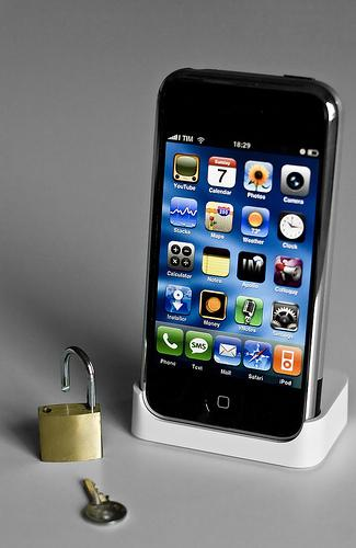 Free iphone 4s contract deals uk