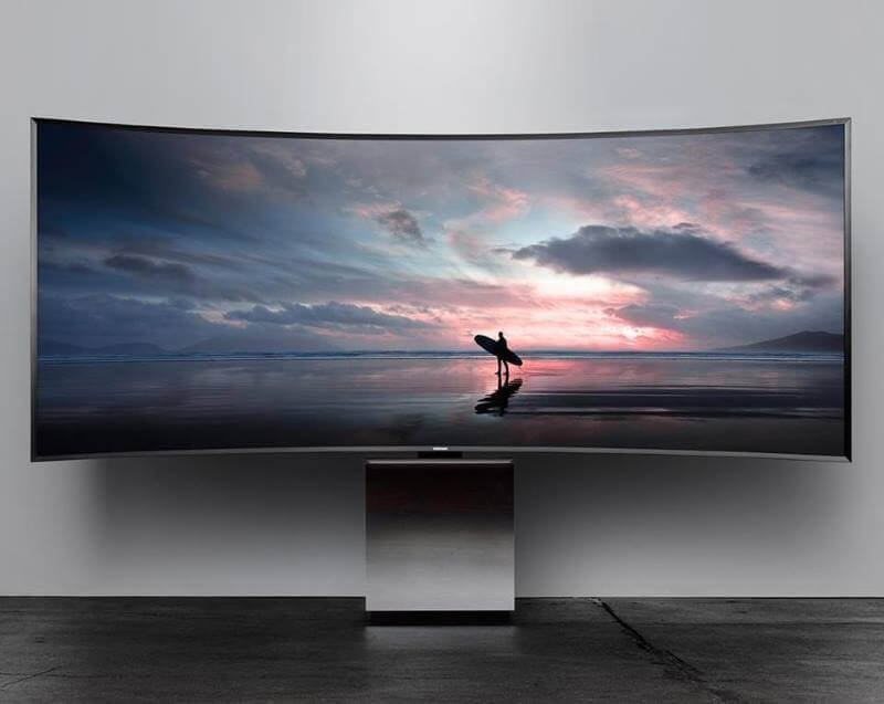 Curved LED TV