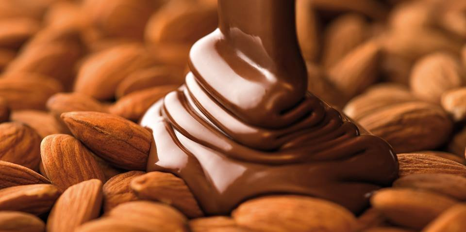 chocolate bar almond